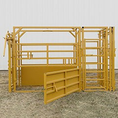 Sioux Squeeze Utility Chute w/ Head Gate, Palp Cage, and Slick Gate